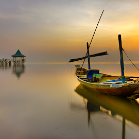 Sunrise boat by Yossy Ryananta - Transportation Boats ( wood boat, beach, sunrise, seascape, boat )