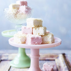 Coconut-ice Marshmallows