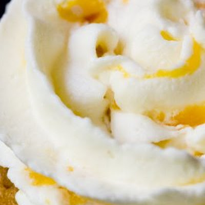 Whipped Cream Frosting with Peaches