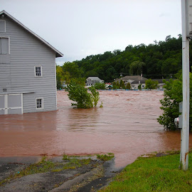 Hurricane Irene by Stacie Hommel - News & Events Disasters