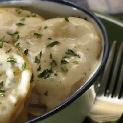 Garlic-Herb Scalloped Potatoes