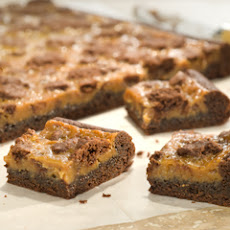 Peanut Butter Caramel Gooey Chocolate Cake Bars
