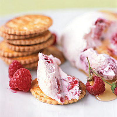 Raspberry Yogurt Cheese with Gingersnaps