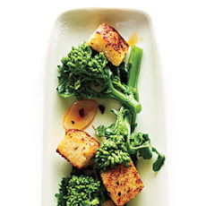 Broccoli Rabe with Polenta Croutons
