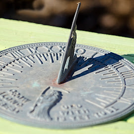 Sundial by Steve Forbes - Artistic Objects Antiques