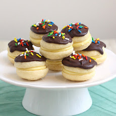 Boston Cream Whoopie Pies