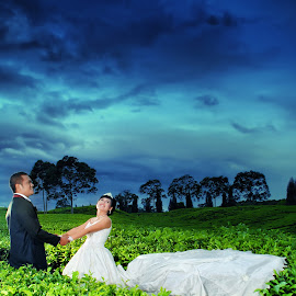 Love Story by Erick Profil - Wedding Bride & Groom