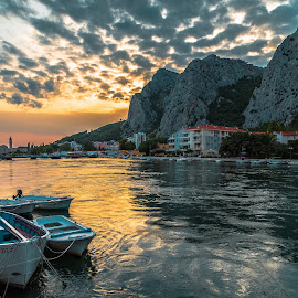 Omis by Stephen Bridger - Landscapes Travel ( europe, sunset, boats, cliff, omis, croatia, travel, travel photography )