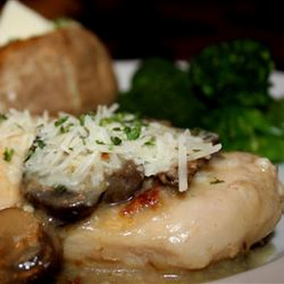 Crock Pot Cheesy Mushroom Chicken