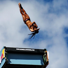 redbull cliff diving by Mila Chorazyczewska - News & Events Sports (  )