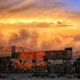 Fire storm by Guy Gillade - Landscapes Cloud Formations ( bolivia, uyuni, Urban, City, Lifestyle )