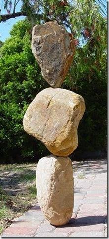 rock_balancing_06
