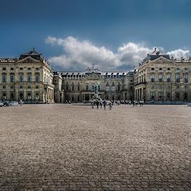 Würzburger Residenz by Ole Steffensen - Buildings & Architecture Public & Historical ( cobblestones, cour d'honneur, fountain, residenz, germany, würzburg, palace )