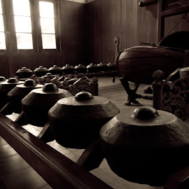 Gamelan by Tyo Hujan - Artistic Objects Antiques