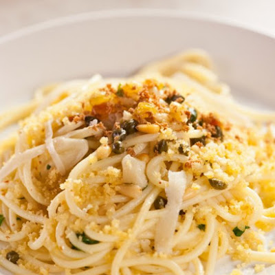 Bucatini with Breadcrumbs and Bottarga
