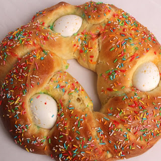 Easter Bread With Hard Boiled Egg In It Recipes