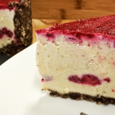 Raw White Chocolate Raspberry Torte