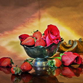 Colorata este gata:))Capricii...fara ziduri:) by Neli Dan - Artistic Objects Still Life
