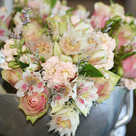 Bouquets by Maz Tissink - Wedding Other