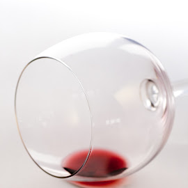 all gone by Vibeke Friis - Artistic Objects Glass ( red wine, wineglass empty,  )