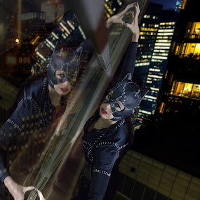 Cosplay Catwoman by Aaron Blackburn - People Musicians & Entertainers ( , city, night, #GARYFONGDRAMATICLIGHT, #WTFBOBDAVIS )