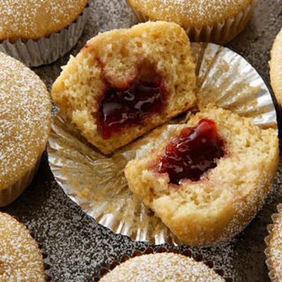 Vegan Jelly-Filled Muffins