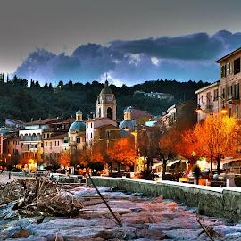 The light is on by Dario Tarasconi - City,  Street & Park  Neighborhoods ( lerici, liguria, san terenzo )