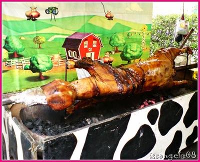 litson baka / roasted calf!