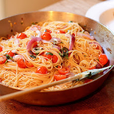 Angel Hair Pasta with tomatoes, basil & garlic