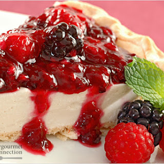 Berry-Topped Honey And Yogurt Pie