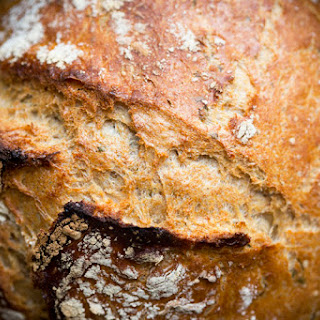 Dutch Oven No-Knead Herb Bread