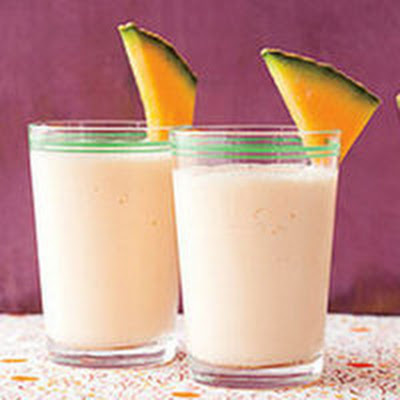 Cantaloupe-Yogurt Smoothie