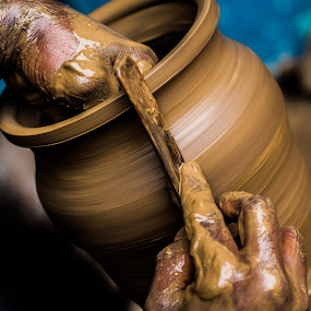 Shaping up by Karthikeyan Chinnathamby - Artistic Objects Cups, Plates & Utensils ( canon, work, 1100d, potter, pottery, chinnathamby, karthikeyan, south, india, travel, culture, tamilnadu )