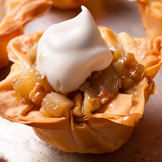 Gingered Pears in Phyllo Cups