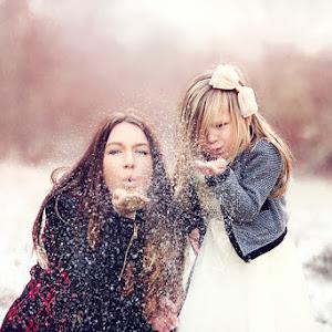 Laura-Adele-Xmas-Mini-Nov-2014-(182)-snow.jpg