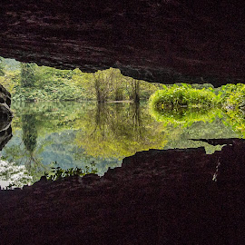 Cave river by Wahan Shahbazian - Landscapes Caves & Formations ( vietnam, river, tam cốc,  )