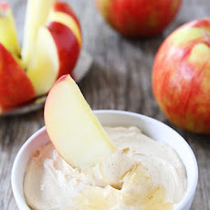 Peanut Butter Honey Yogurt Dip