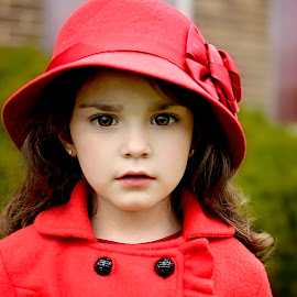Girl in red by Darya Morreale - Babies & Children Child Portraits ( red, girl, fall, red hat, red coat )
