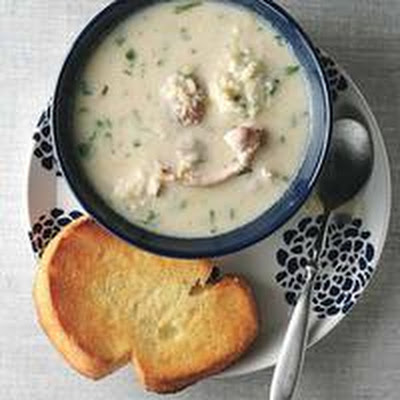 Creamy Chicken-and-Couscous Soup with Garlic Toasts