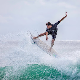 by Sue Niven - Sports & Fitness Surfing ( surfing, surfer, gold coast, waves, board,  )