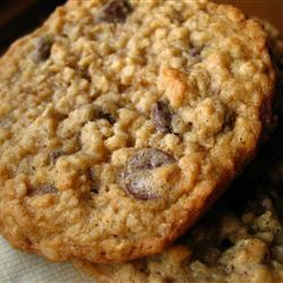Chewy Oat and Chocolate Chip Cookies