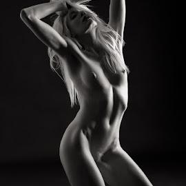 Katy - studio nude by Barrie Spence - Nudes & Boudoir Artistic Nude ( studio, blonde, nude, blonde hair )