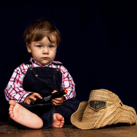 sheriff's deep thoughs  by Maša Pešut Kukina - Babies & Children Child Portraits ( . sheriff, without smile, cowboy, thoughs, acting, deep, boy, kid )