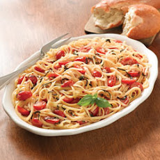 Mediterranean Linguine with Basil and Tomatoes