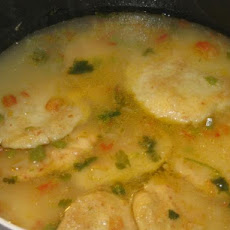 Sopa De Capirotadas Hondurenas (Cheese and Cornmeal Cake Soup)