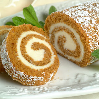 Holiday Pumpkin Roll