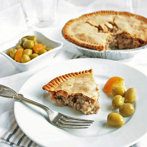 Tourtiere (French Canadian Pork Pie)