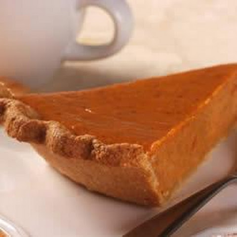 Whole-Grain Pie Crust with LIBBY'S® Famous Pumpkin Pie Filling