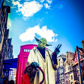 Yoda at the Edinburgh Festival by Lyndsay Hepburn - People Musicians & Entertainers ( yodainedinburghontheroyalmile, floatingyoda, edinburghfestivalstreetperformers, someonedressedasyoda, yodastatue )