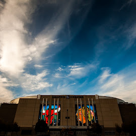 United Center by Sue Conwell - Buildings & Architecture Office Buildings & Hotels ( basketball, hockey, chicago bulls, united center, sports, chicago hawks, chicago blackhawks, blackhawks, chicago )